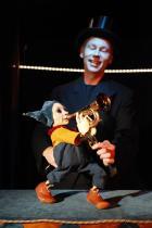 Sirkuksen poika (kuva: Okko Oinonen)